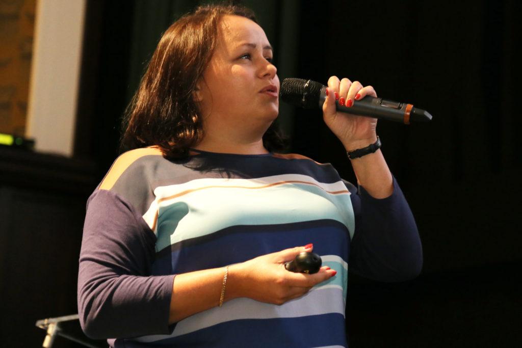 Karina Rompa Play